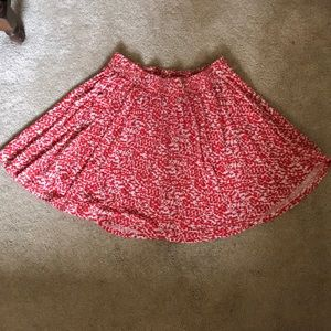 Playful orange/red patterned skirt